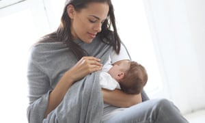 d0d0d4d379a93b The mother of all breastfeeding tops (put to the test)