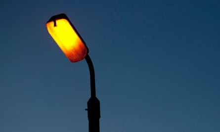 How best to cope without streetlights?