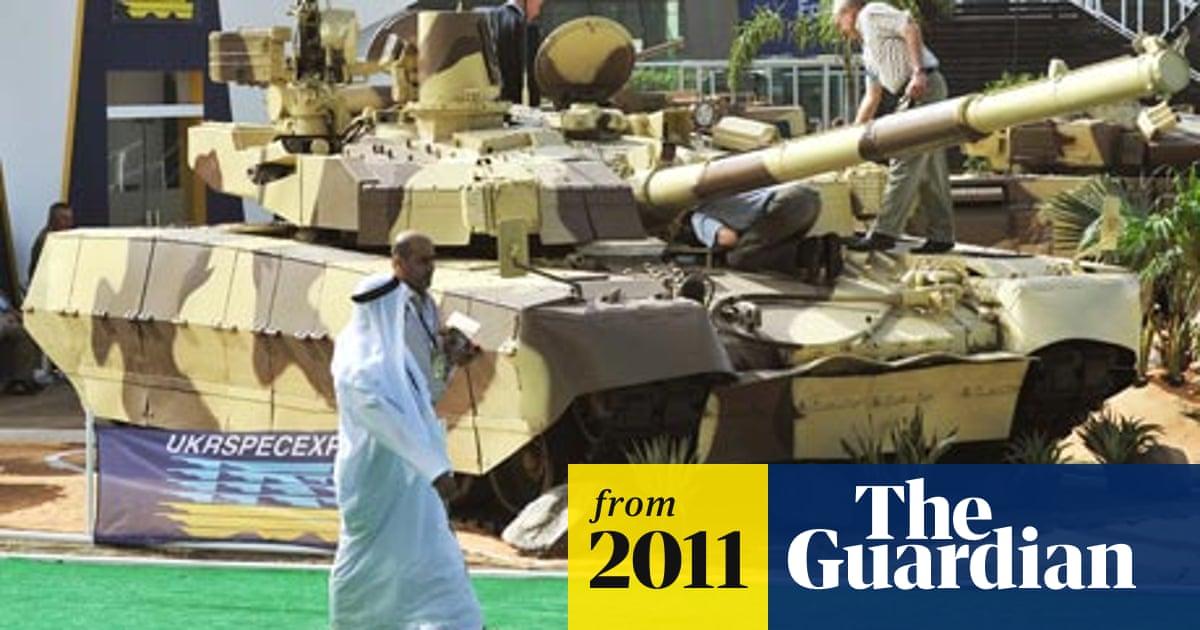 Abu Dhabi arms fair: Tanks, guns, teargas and trade at Idex 2011