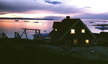 The sun's early return to Ilulissat in western Greenland has increased concerns over global warming.