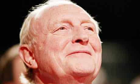 Neil Kinnock to join Ed Miliband for AV rally