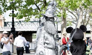 A living statue on London's South Bank