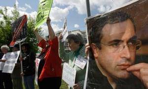 Mikhail Khodorkovsky supporters protest
