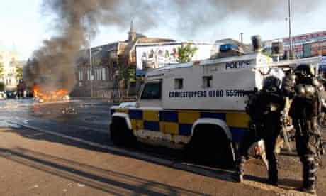 Police arrest 11 suspected dissident republicans