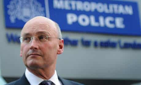 Sir Paul Stephenson resigns