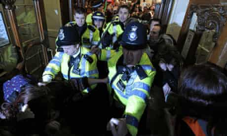 UK Uncut Fortnum and Mason protest