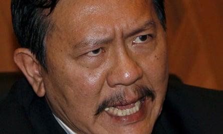 Thai politician Chuwit Kamolvisit
