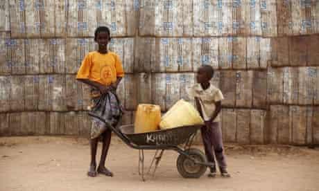 MDG : Somalia / Displaced people at Dadaab refugee camp