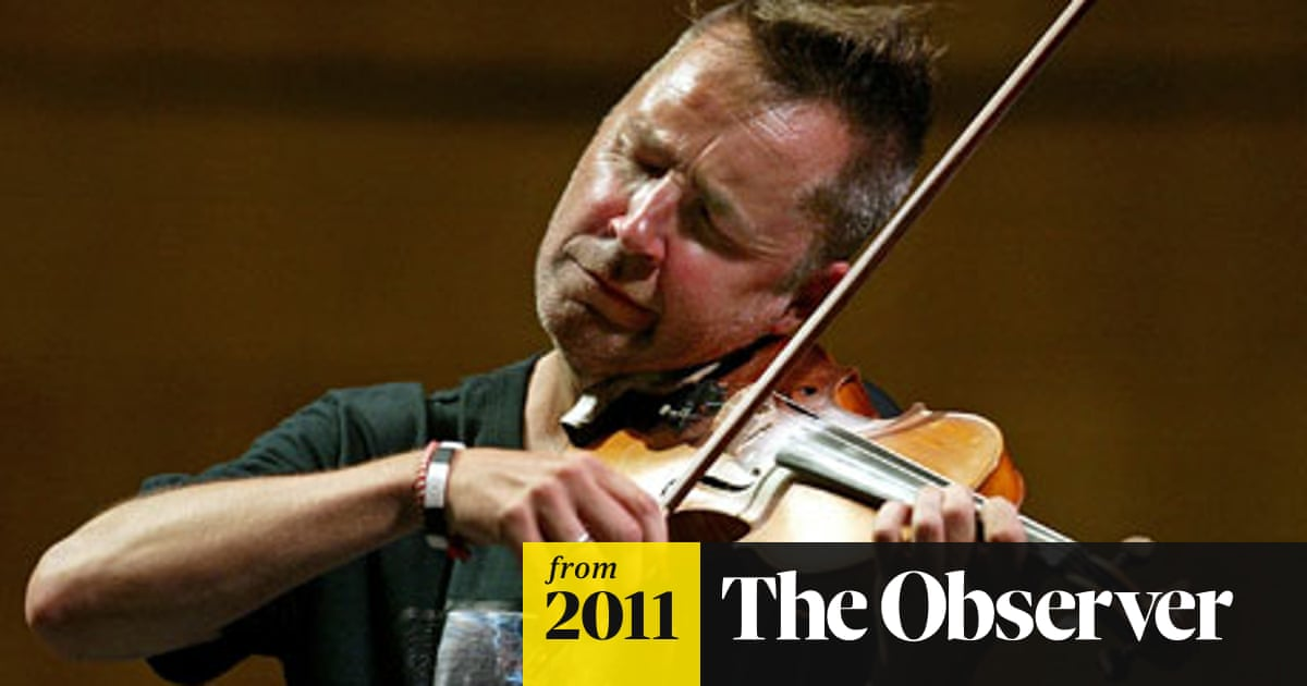 Nigel Kennedy accuses fellow violinists of destroying Bach's