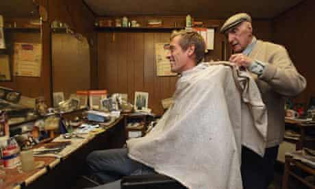 Peter Crouch Barber Aaron Biber Tottenham