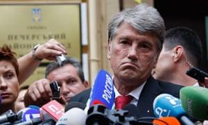 Viktor Yushchenko testifies against Yulia Tymoshenko