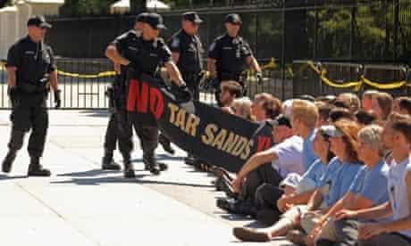 White House oil pipeline demonstration