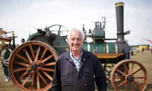 Ray Herring and his 1916 steam engine at the Bicester and Finmere Show 2010.