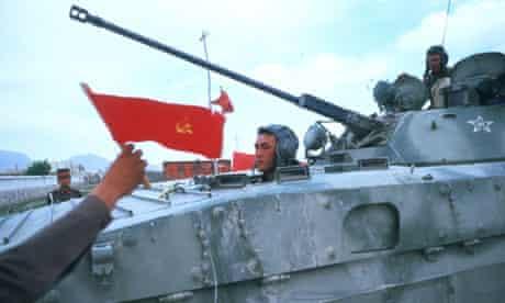 Soviet troops prepare to leave Kabul on 25 April 1988