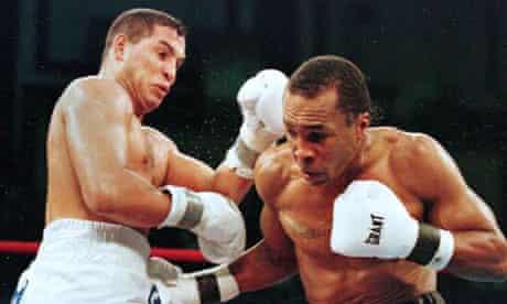 Hector Camacho fights Sugar Ray Leonard, 1997