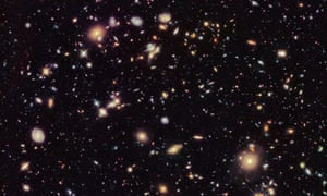 Early galaxies seen by the Hubble space telescope