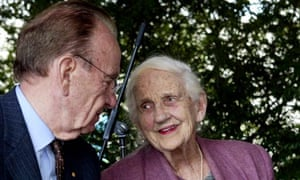 Dame Elisabeth Murdoch dies at the age of 103