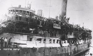 Holocaust survivors on boat