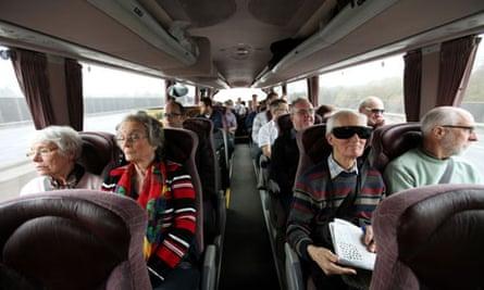 M25 coach tour