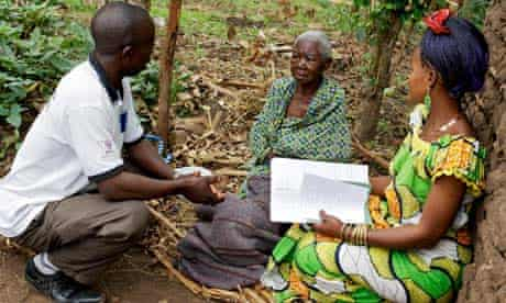 'Agents of change' from a protection committee formed with help from Oxfam at work in Congo