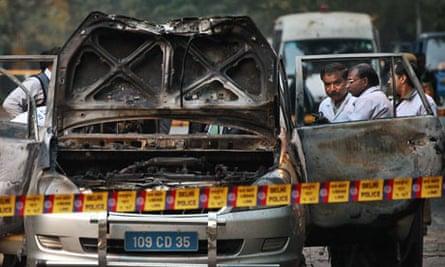 Indian police bomb new delhi
