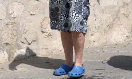 Man wearing crocs