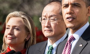 Jim Yong Kim, American nominee for the World Bank president, with Hillary  Clinton and Barack Obama