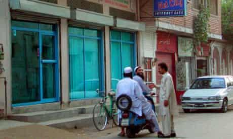 Internet cafe in Peshawar, Pakistan