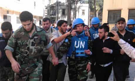 UN monitors in Syria