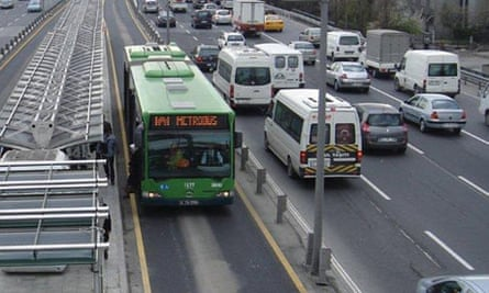 Mexico Metrobus created by Shell Foundation's EMBARQ scheme