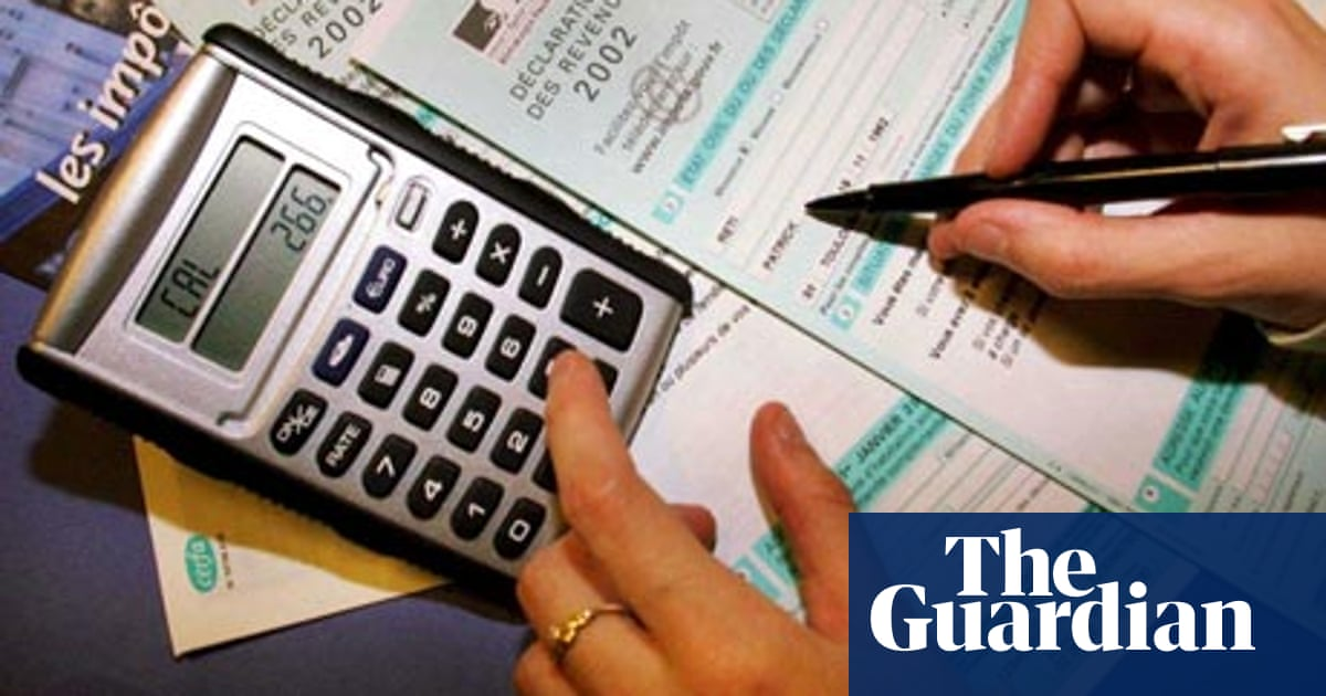 How many people pay the top rate of income tax?   News   The