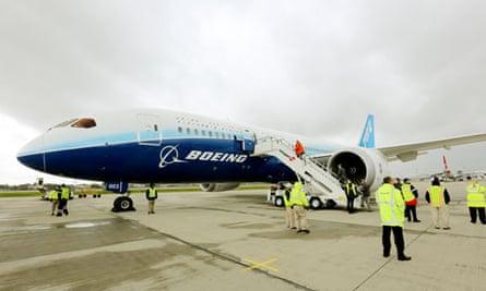 Boeing 787 Dreamliner on the runway
