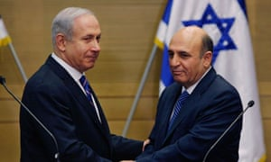 Binyamin Netanyahu and the Kadima leader, Shaul Mofaz
