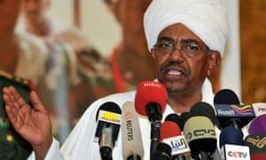 President Omar al Bashir addresses Sudanese students in Khartoum