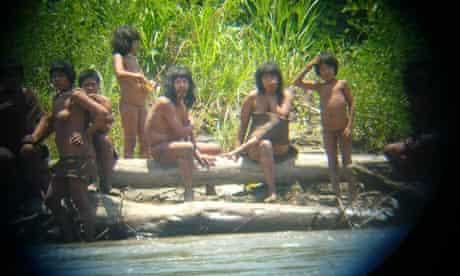 Members of the Mashco-Piro tribe