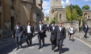Oxford University changes student dress code