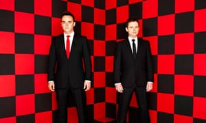 ant and dec on red or black set