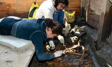 Archaeologists work at Templo Mayor in Mexico City
