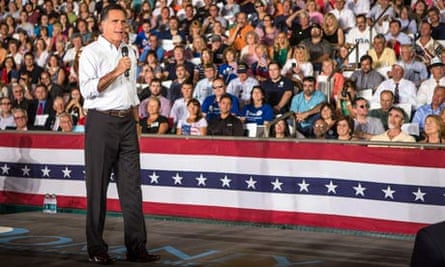 Mitt Romney Campaigns In New Hampshire