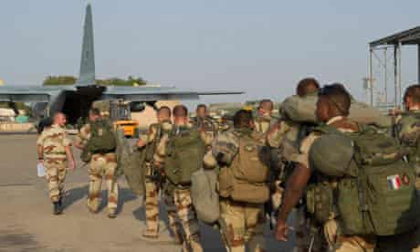 French troops head for Mali