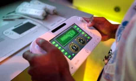 Gamer plays on Wii U