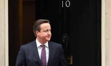 David Cameron promises referendum on EU