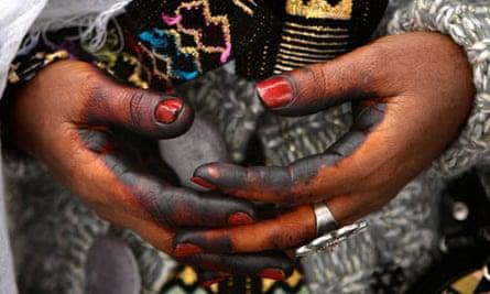 Ethiopian Jewish woman hands