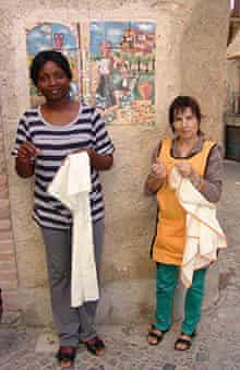 Tayo Amoo, apprentice embroiderer