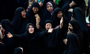 Iraqi women grieve at funeral