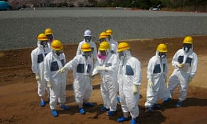 Fukushima leak – Tepco officials at the crippled power plant