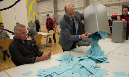 Several referenda in Switzerland