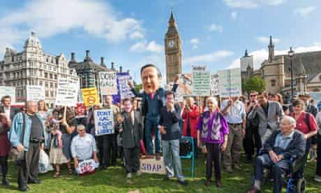 Lobbying bill paused for six weeks to allow government rethink