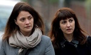 Elisabetta and Francesca Grillo arrive at court