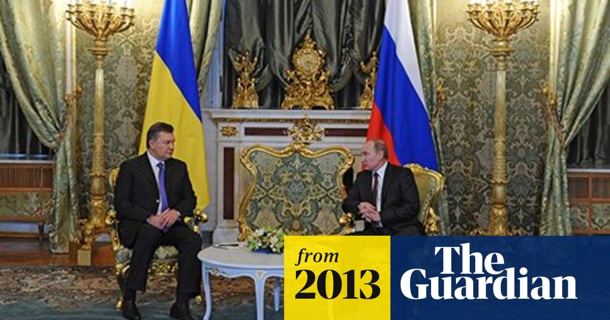 Vladimir Putin offers Ukraine financial incentives to stick